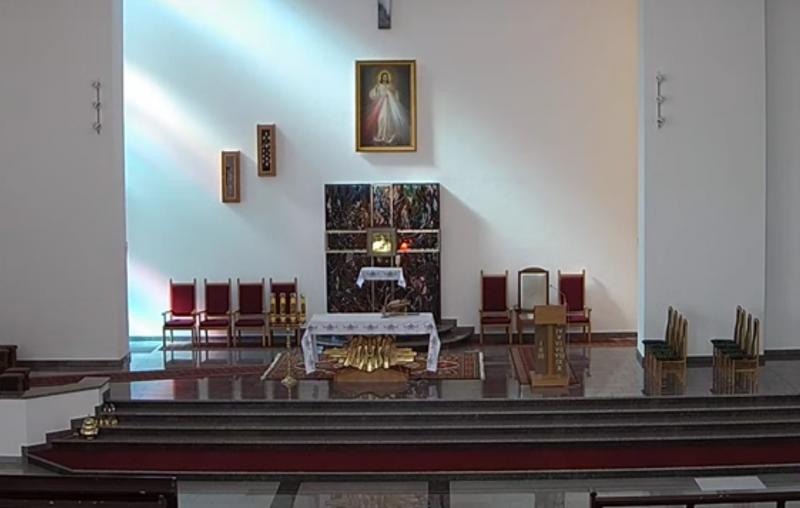 Transmisja mszy świętej z parafii Miłosierdzia Bożego w Starym Sączu [NA ŻYWO]