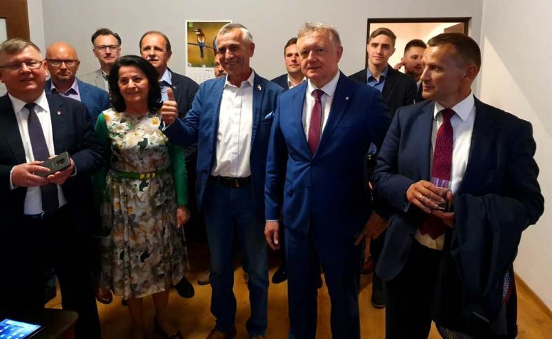 Wyniki wyborów do Europarlamentu. Co z Mularczykiem, Bartusiową i Bocheńskim?