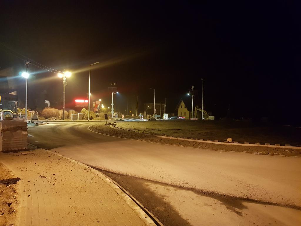 Wciąż budowane rondo w Zabrzeży