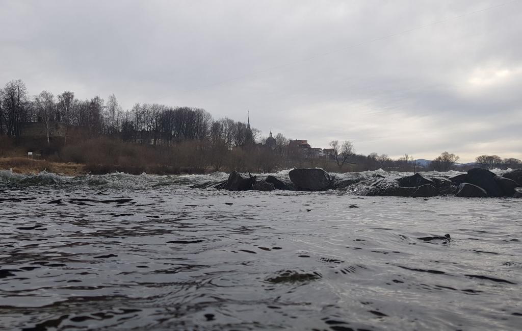 Poziom wody w Dunajcu coraz niższy