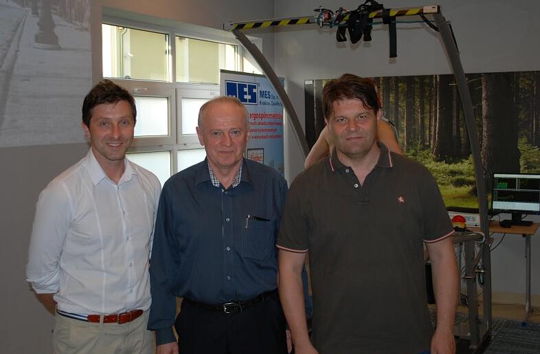 Dr Tomasz Cisoń od lewej