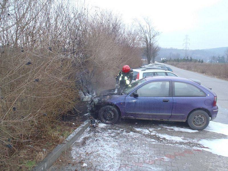 Pożar samochodu osobowego w Starym Sączu
