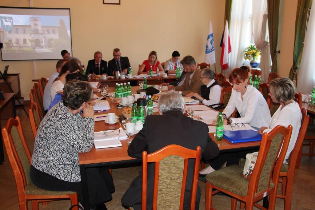 Nie będzie wyborów w Łomnicy. Nowa radna