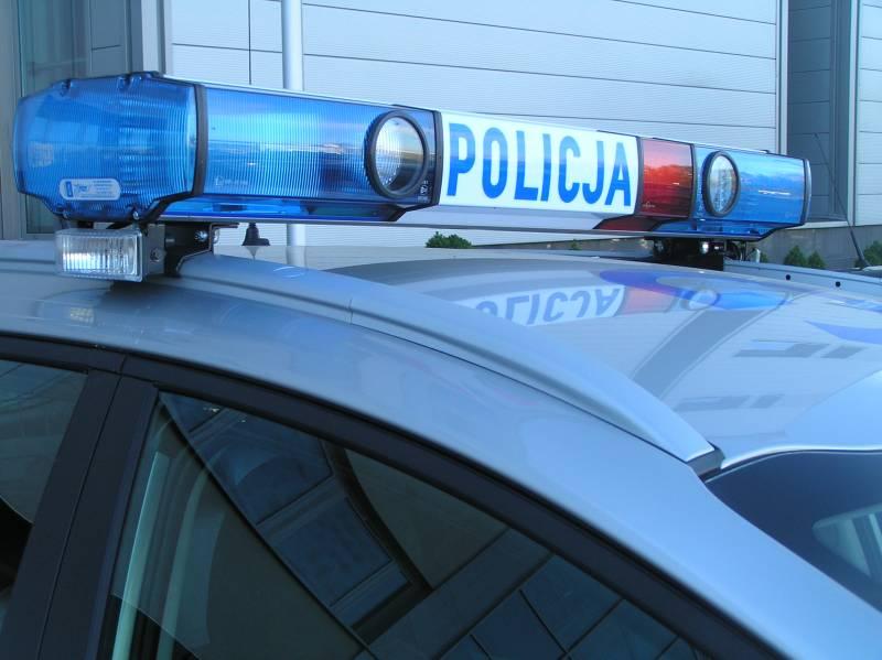 Rozbite samochody, policyjny pościg