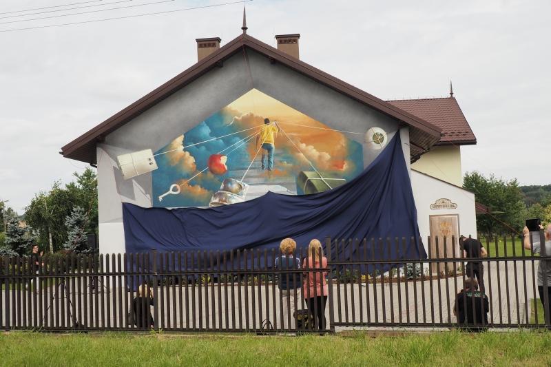 Mural w 3 D na Hospicjum odsłonięty