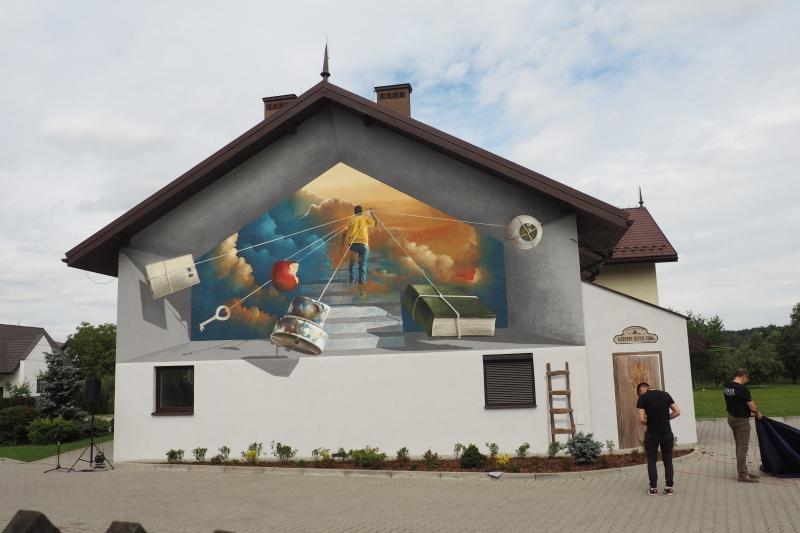 Mural na Sądeckim Hospicjum odsłonięty