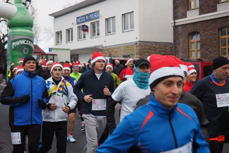 I Bieg Mikołajów w Piwnicznej, Fot. (MIGA)