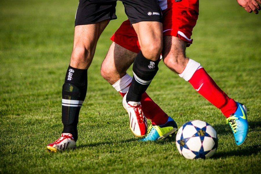 Dzięki piłce nożnej można zwiedzać różne kraje