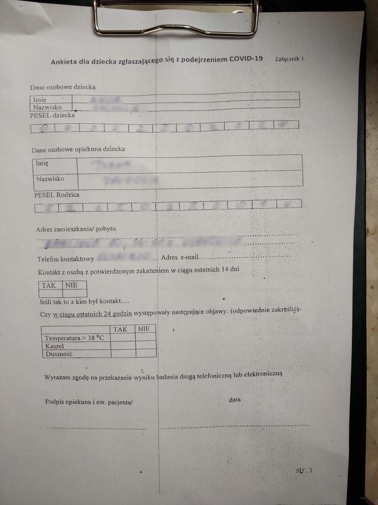 Ankieta dla dziecka zgłaszającego się z podejrzeniem COVID-19. Fot. czytelniczka