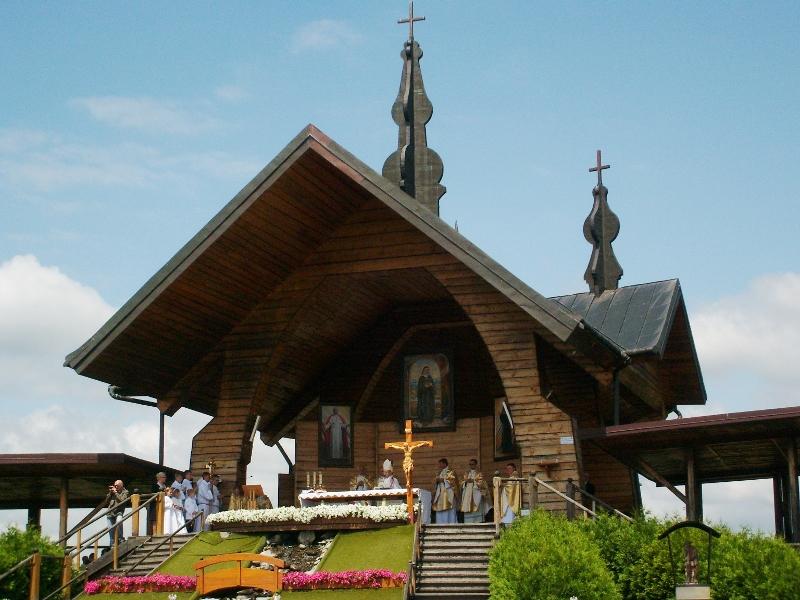 Ołtarz Papieski Stary  Sącz
