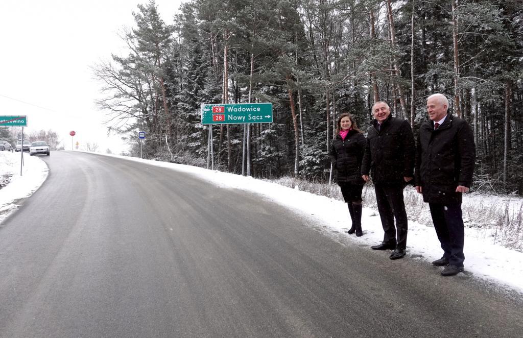 Koniec wiecznych objazdów, remont drogi Trzetrzewina-Podrzecze zakończony