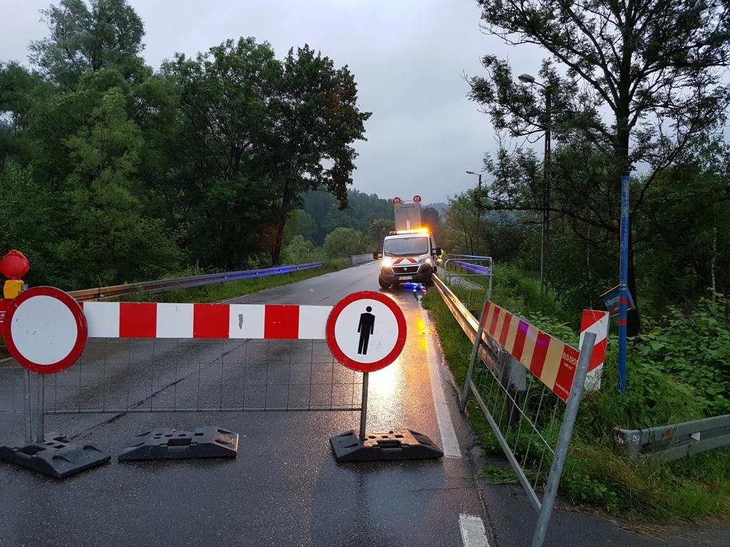 Wojsko mostu zastępczego na Kamienicy nie zrobi! A stary nadal zamknięty…