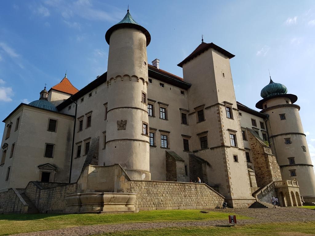 Tu rezydowała sama królowa Bona. Zobaczcie Zamek Wiśnicz