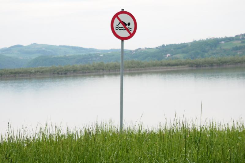 Ostatnio mogliśmy tylko przedstawić ustne deklaracje w tej sprawie wójta gminy Podegrodzie. Dziś mamy to na piśmie – Wody Polskie odstąpiły całkowicie od budowy zbiornika retencyjnego w miejscowości Rogi.