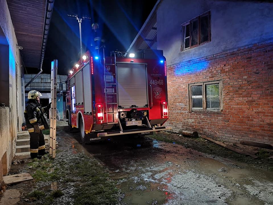 Szczęście w nieszczęściu: spłonął garaż, ale ciągnik ocalał