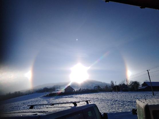Halo słoneczne: jak powstaje to piękne zjawisko?