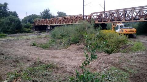 Wykonawca już na placu budowy. Będzie most tymczasowy na Kamienicy