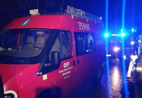 Nocne poszukiwania w Klęczanach. 24-latek poszedł na spacer z psem i nie wrócił
