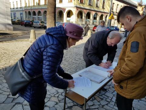 Akcja zbierania podpisów, 1 PSP, fot. Iga Michalec