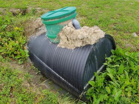 Chełmiec: fekalia z Biczyc Górnych pod lupą policji? Wyniki badań wody porażają