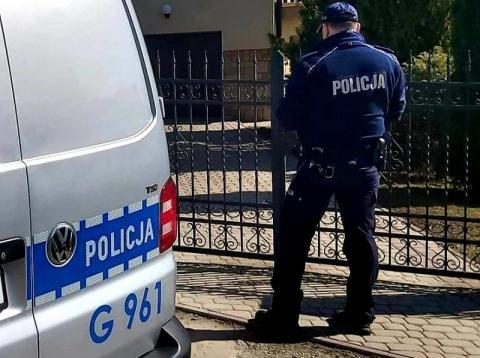 Chcieli zarobić duże pieniądze, ale do ich drzwi zapukali policjanci
