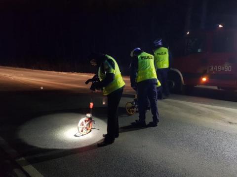 Policja szuka świadków tragiczne wypadku w Starym Sączu [FILM, ZDJĘCIA]