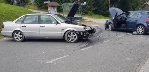 Z ostatniej chwili: Zderzyły się aż cztery auta. Jedno z nich uderzyło w pieszą