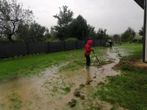 Stary Sącz: 11 domów w Mostkach stoi już w wodzie. Zagrożone okolice Węgierskiej