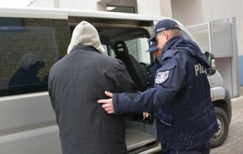 Groźny pedofil w rękach policji. Chciał się spotkać z 14-latką w Limanowej