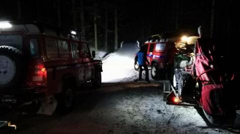 Niska temperatura, śnieżyca, a oni wybrali się w góry. Szukali ich kryniccy goprowcy