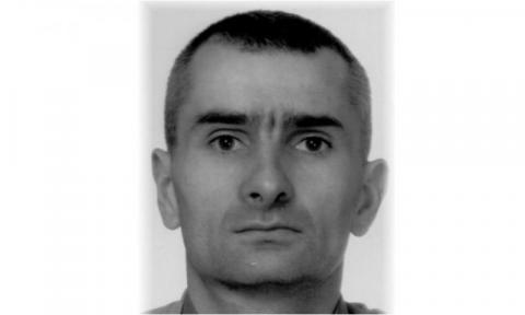 Zaginął Łukasz Grzegorczyk. Porzucił samochód w zaroślach i ślad po nim zaginął