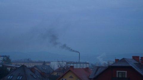 Nowy Sącz: Oddychać można tylko na Nawojowskiej. Reszta miasta się dusi