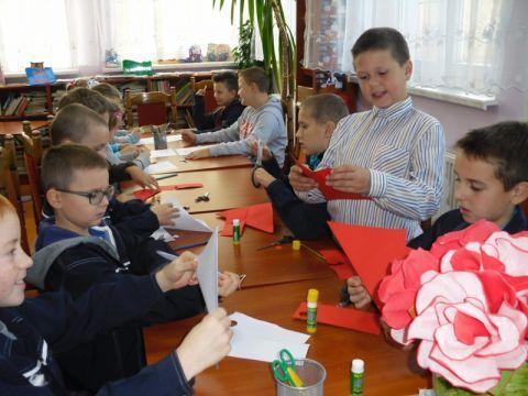 Obecnie gmina prowadzi dwa przedszkola i w obu są wolne miejsca