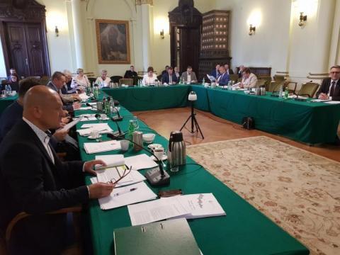 transmisja nadzwyczajnej sesji Rady Miasta Nowego Sącza, fot. Iga Michalec