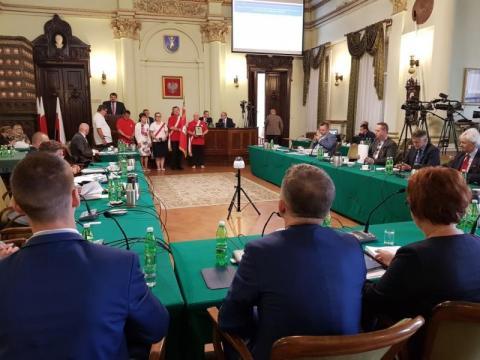 przerwana sesja Rady Miasta Nowego Sącza, fot. Iga Michalec