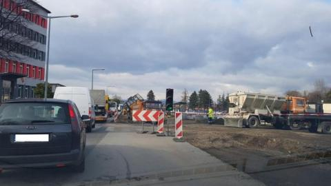Nowy Sącz: zamykają skrzyżowanie koło Wyspiańskiego