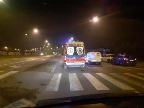 Dramat na pasach na ul. I Brygady. Samochód potrącił pieszą