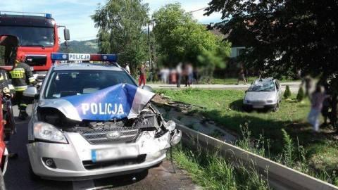 Romowie jeżdżą bez prawa jazdy, bo nie potrafią czytać?