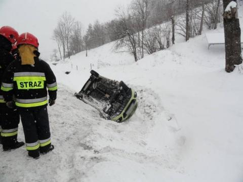 Horror na drodze. Kierowcy potracili głowy. Wypadek goni wypadek