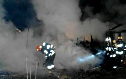 Strażacki koszmar. Jedni gasili pensjonat drudzy ratowali dobytek w Boguszowej