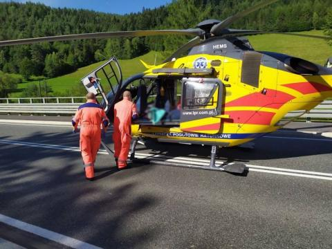 Dramatyczny wypadek w Mszanie Dolnej. Samochód potrącił 16-latkę