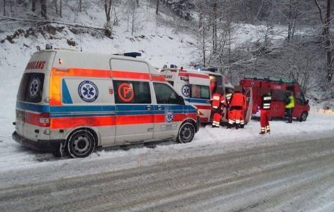 Tragiczny wypadek w Klęczanach. Mężczyzna spadł z mostu