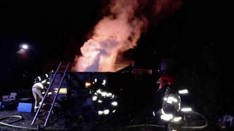 Pożar naczepy w Chełmcu. Jakby mało było koronawirusa