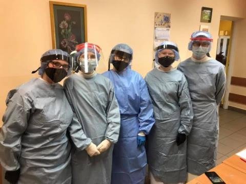 Bohaterki z gminy Grybów. Siostry ruszyły na pomoc zakażonym koronawirusem