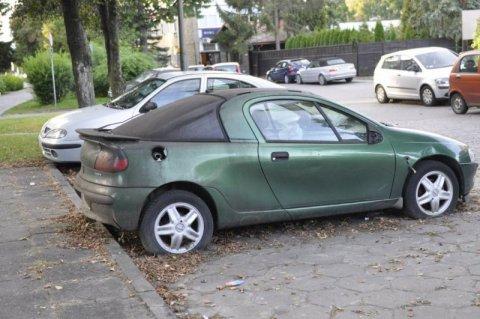 Nie używasz samochodu - zapłacisz tylko 5 procent OC! Pomysł rapującego posła Liroya