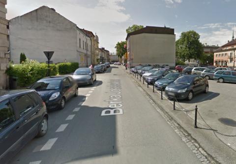 Nawet pobożni nie dostaną parkingu na Berka Joselewicza