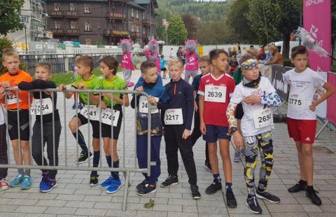 Bieg Dzieci podczas 11. Tauron Festiwalu Biegowego dostarczył wiele emocji