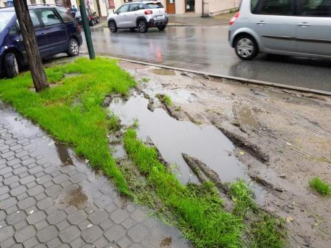 Cała prawda o parkowaniu w centrum Nowego Sącza. Ręce opadają