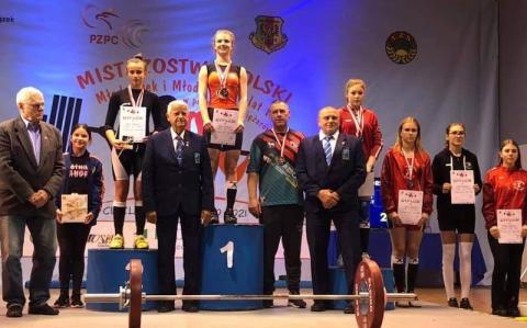 czytaj też:Maraton siatkarski za nami, zwyciężyła drużyna nauczycieli z Nowego Targu