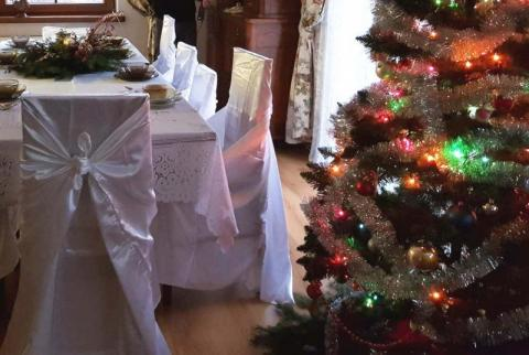 """Święta w czasach zarazy. Zbadali jak spędzimy """"covidowe"""" Boże Narodzenie"""